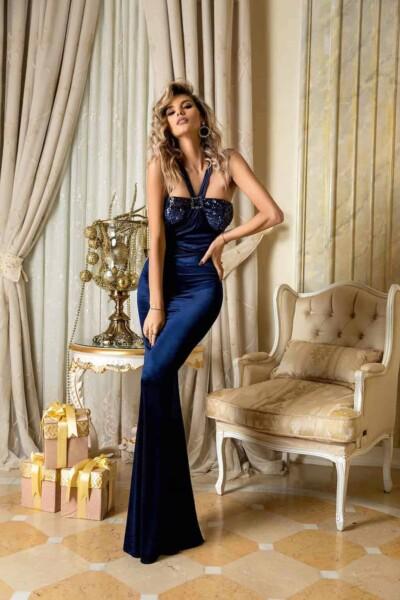 Abito lungo elegante in velluto blu e paillettes